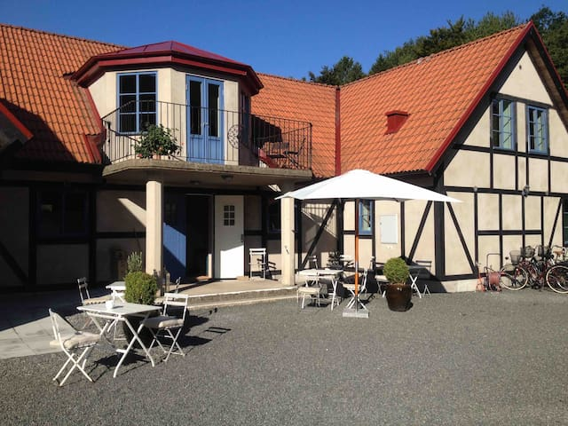 Villa Hasselbacken - Östra Vemmerlöv - Bed & Breakfast