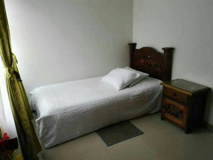 Habitación en hermosa casa tranquilo 1 persona