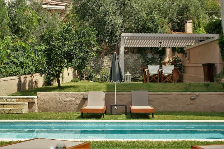 Private Villa + Pool +All Amenities - Spili - Casa