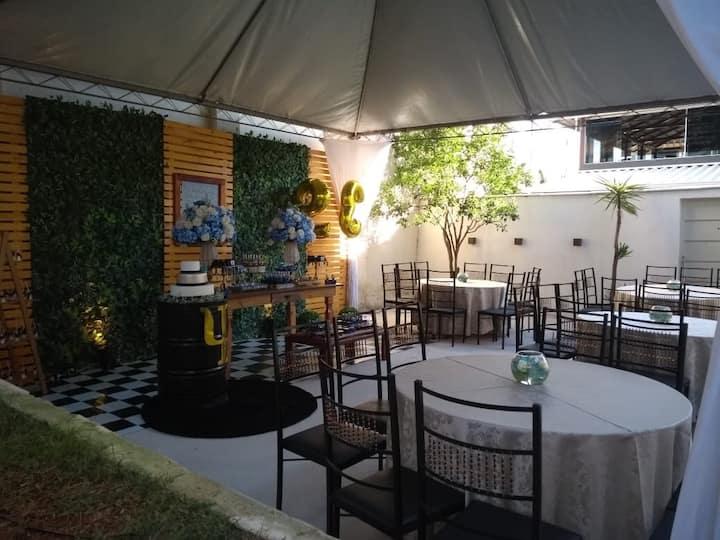 Ambiente familiar, churrasco, festas, espaço Gourm