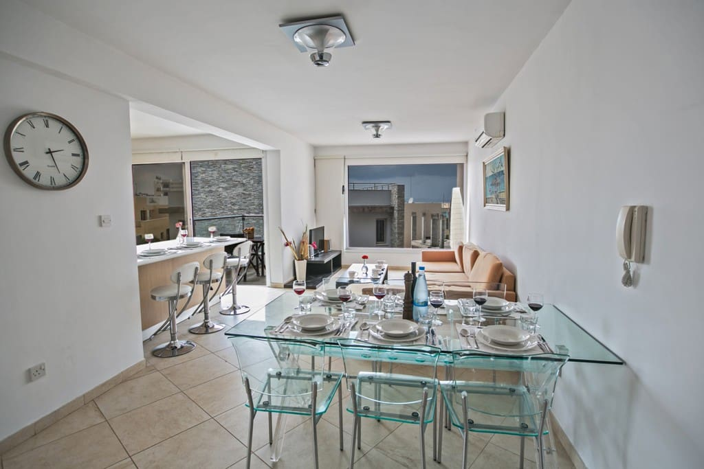 Dining area with table and chairs to seat 6