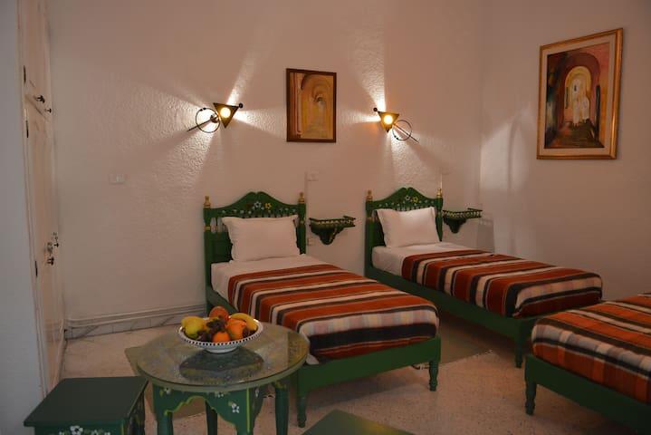 Chambre Zakia à DAR YA Médina de Tunis