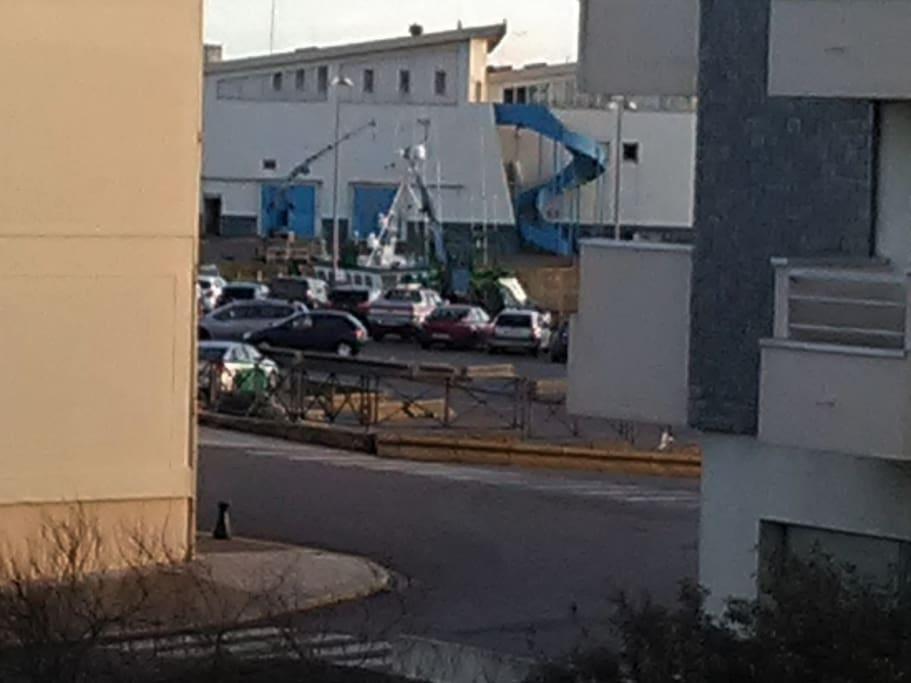 fond port de pêche; vue du balcon