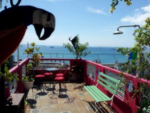Carnaval en Pelourinho! Vista al mar