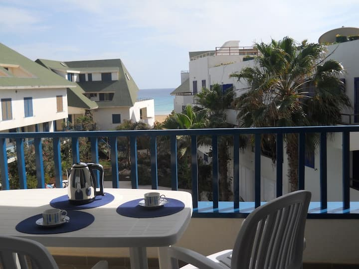 Leme Bedje apartment with balcony sea view