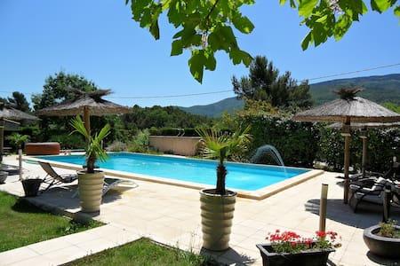Maisonnette neuve 50M² avec piscine - Pourcieux
