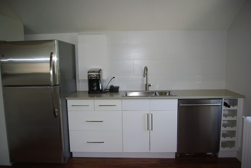 Kingston Executive 1 Bedroom Apartments For Rent In Kingston Ontario Canada