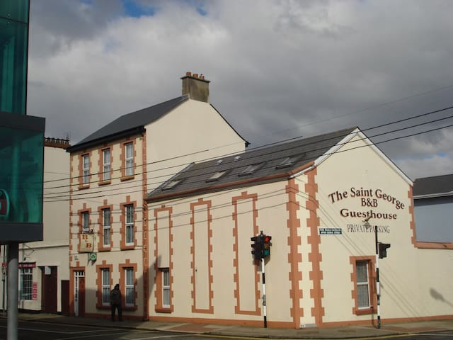St George Guesthouse, Wexford - Wexford - Szoba reggelivel