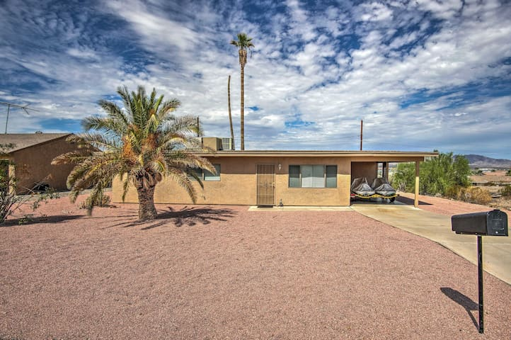 Lake Havasu Home - 1.5 Mi. to Lake & London Bridge