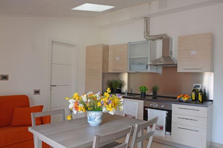 Bioclimatic 3-rooms apartment