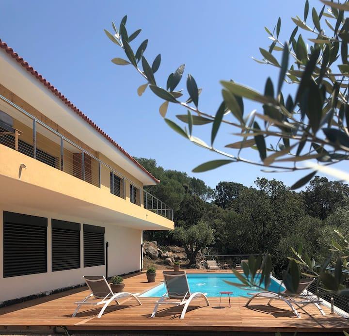 Belle maison de campagne 100 m², piscine chauffée