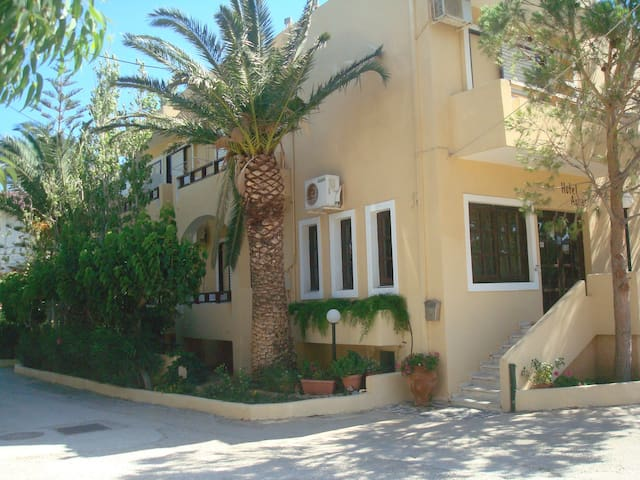 HOTEL AGHAS-ΞΕΝΟΔΟΧΕΙΟ ΑΓΑΣ - Chania