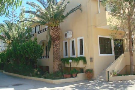 HOTEL AGHAS-ΞΕΝΟΔΟΧΕΙΟ ΑΓΑΣ - La Canea