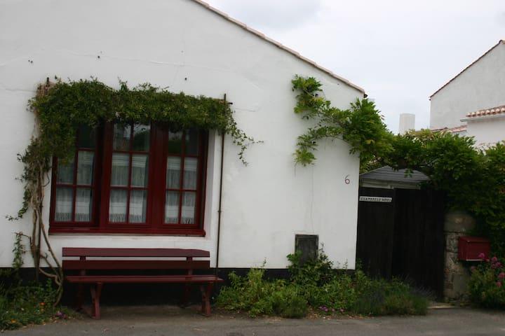 Chambre simple et sympa - 1 lit double - Noirmoutier-en-l'Île