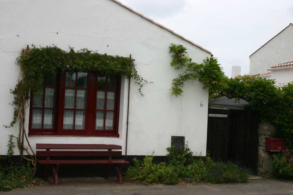 Chambre simple et sympa 1 lit double chambres d 39 h tes - Chambres d hotes noirmoutier en l ile ...