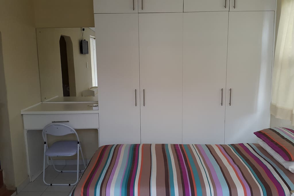 Built-in Cupboards & Dressing Table