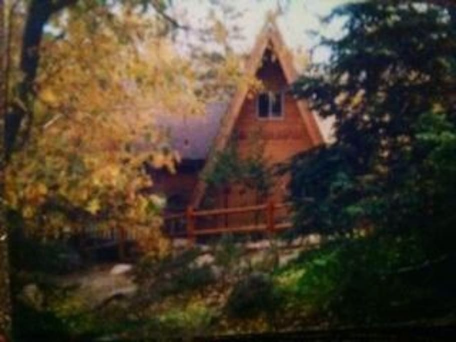 Thompson Timbers Cabin in the Fall