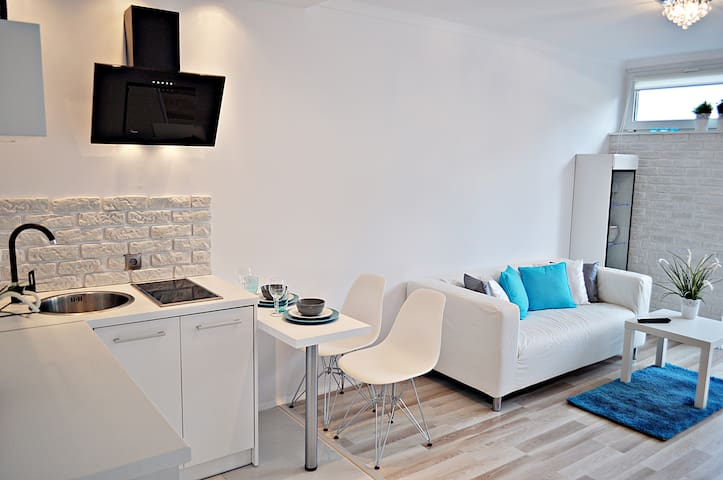 Studio Marine Center - Warsaw - Apartment