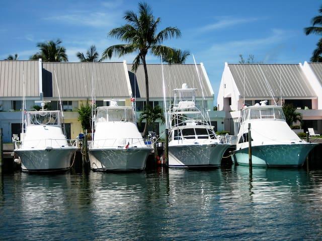 Marina View Studio at Treasure Cay Marina w Dock*