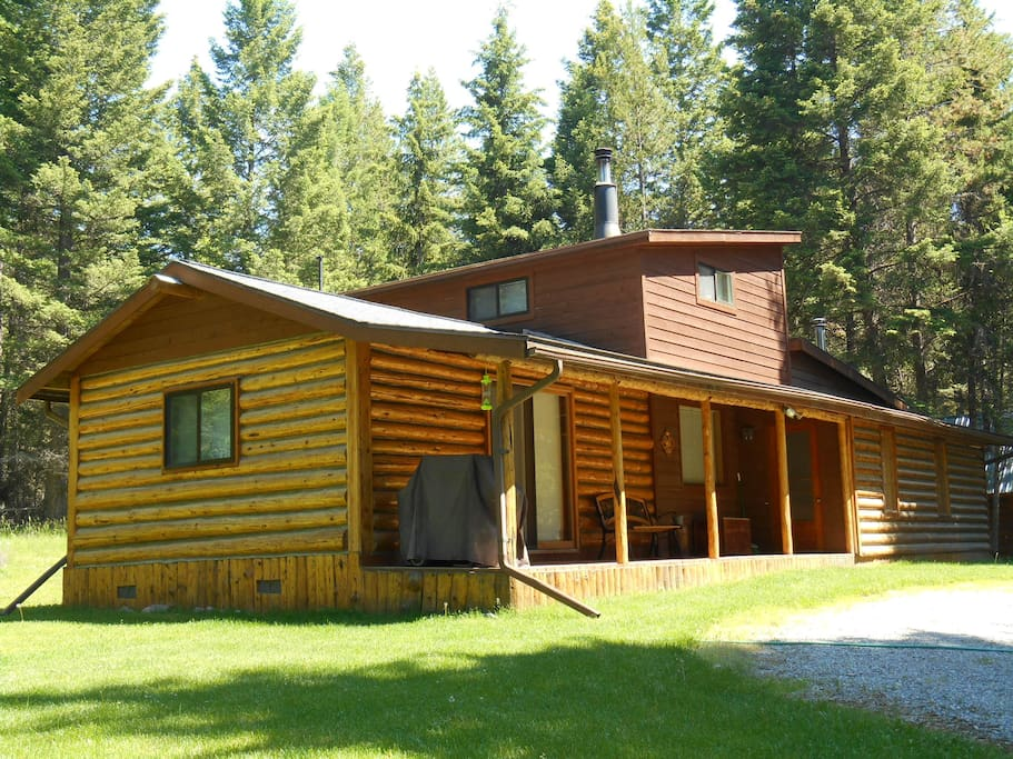 Secluded, 2 Bedroom Log Cabin - Houses for Rent in Kila ...
