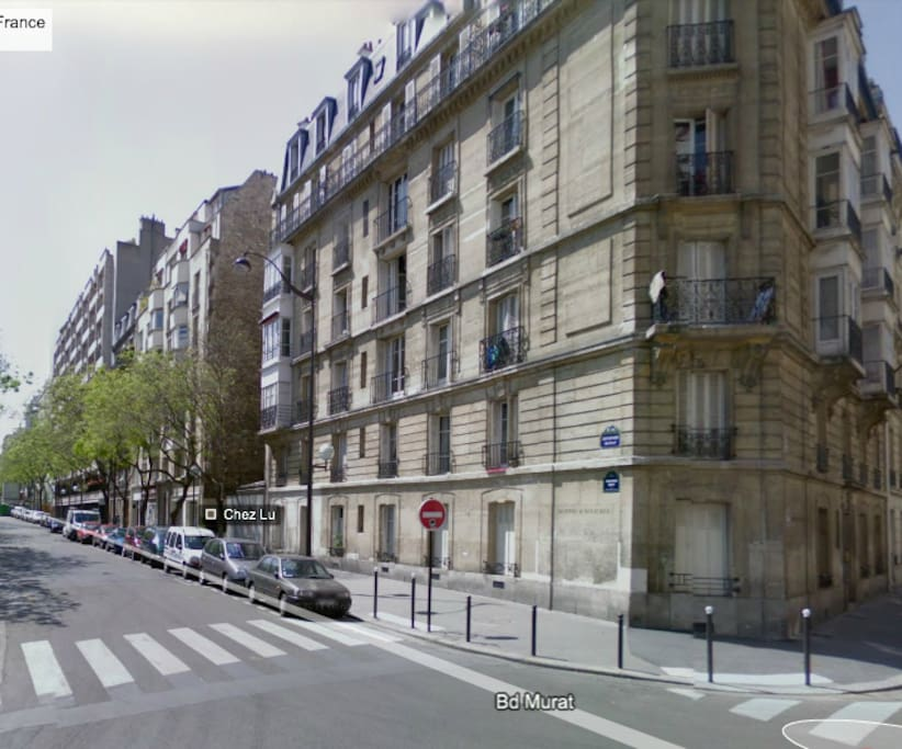 my bright and sunny apartment is located on the 5th floor with a  balcony with a  view on the Seine