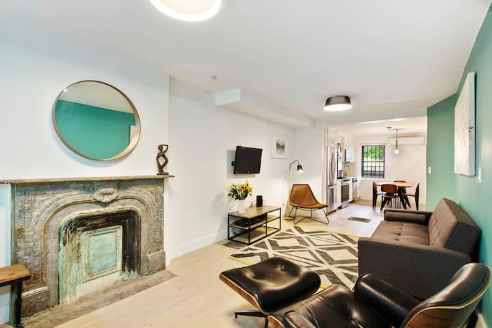 A cozy garden apartment