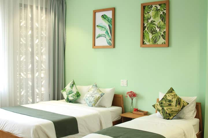 TheLocalStay*Spacious Triple Room*Green Space