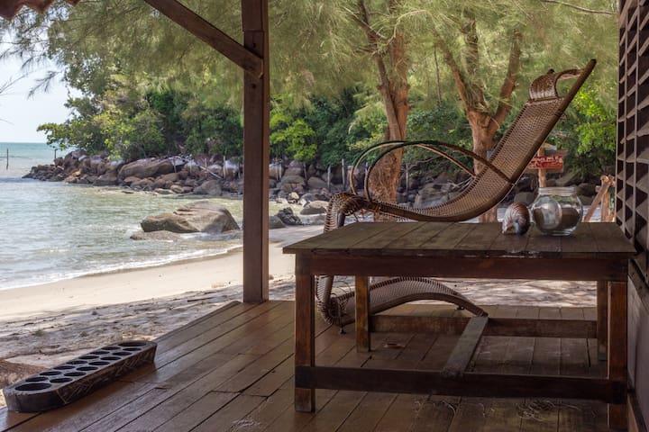 Open Air Mixed Dormitory on Pasir Panjang Beach