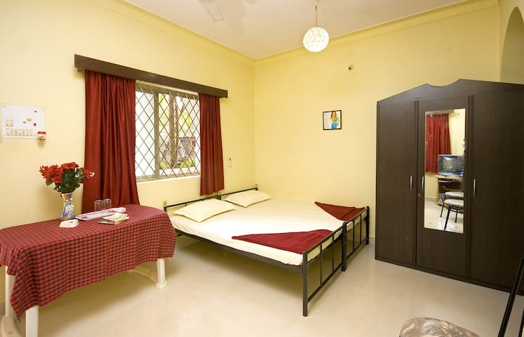 Jackfruit - single A/C bedroom - Calangute - Villa
