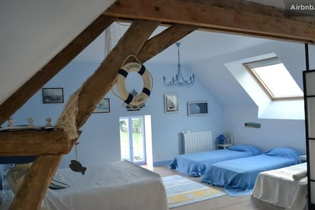 """Family Room in """"Pays des Haras"""" - Bed & Breakfast"""