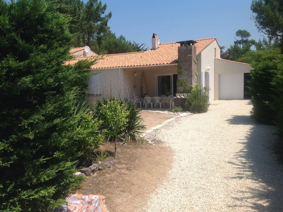 Ile d 39 oleron maison 200 m plage houses for rent in - Garage anatole france villeneuve saint georges ...