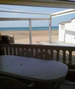 Casa práctica y totalmente reformada en la playa - 德尼雅 - 连栋住宅