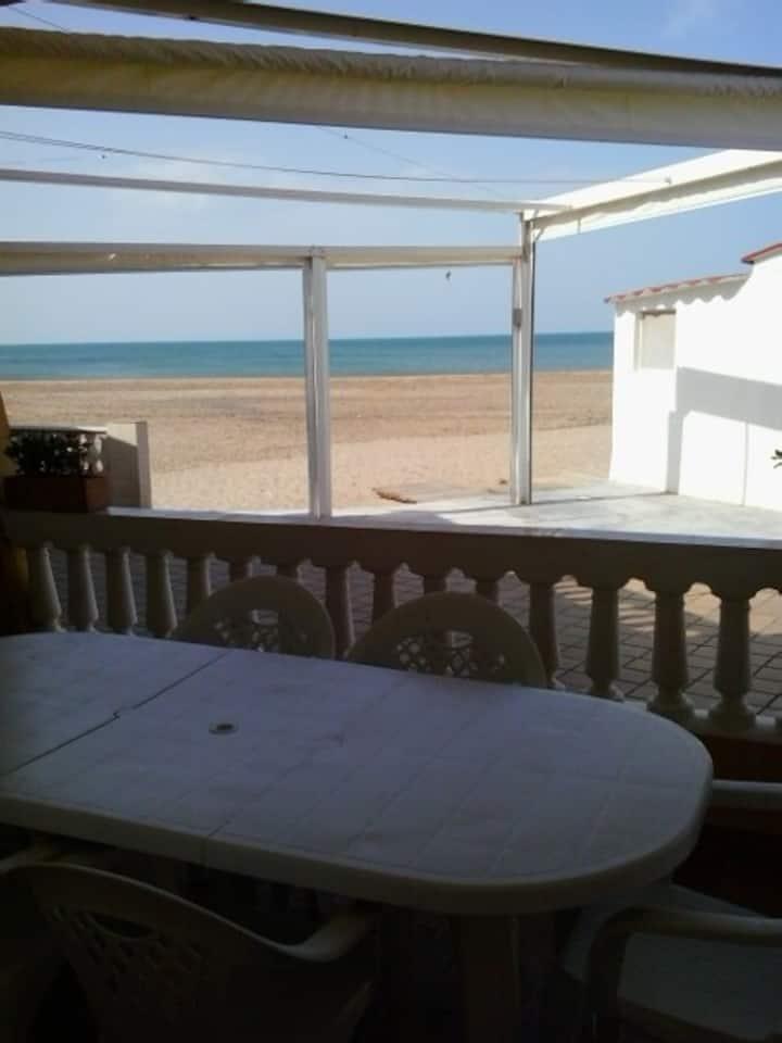 Casa práctica y totalmente reformada en la playa