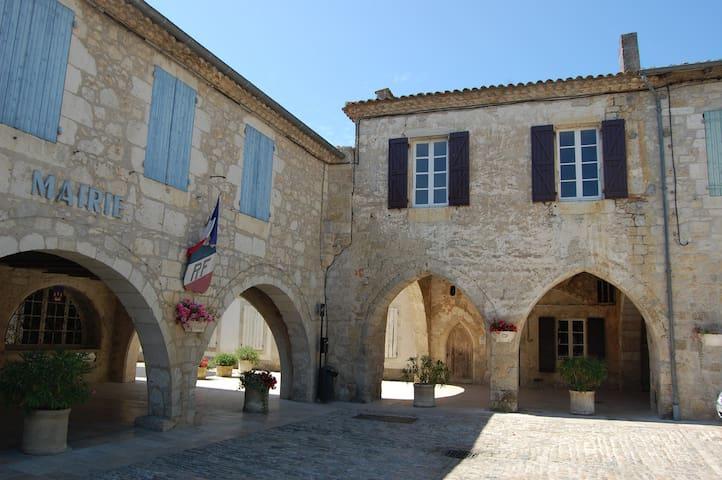 La Maison de Monsieur Calbet - Castelsagrat - Dom