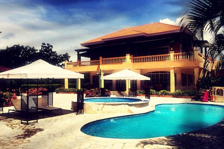 Luxury Dominican Rep Golf Villa 6BR - Juan Dolio - Villa