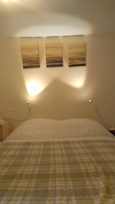 Comfortable double bed - memory foam mattress