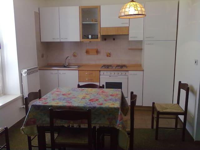 Accogliente bilocale  - Prato Nevoso - อพาร์ทเมนท์