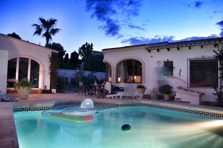 Beautiful Villa with private POOL - Jávea - Hus