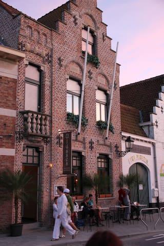 LOFT @ ULYSSES next to Bruges