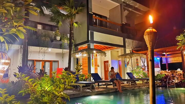Modern Balinese Beautiful Villa With Infinity Pool