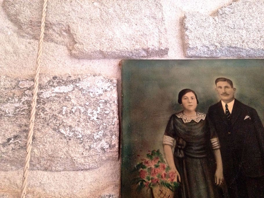 """3 SUITES IN ANCIENT """"BEAM"""" SICILY"""