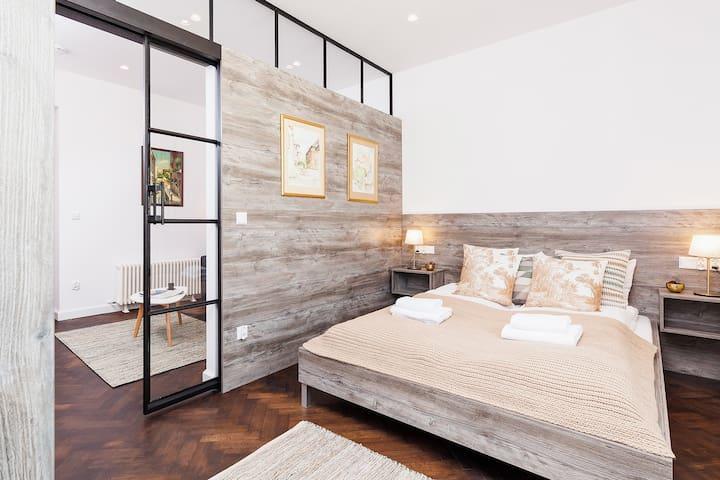 Cozy Apartment / Karmelicka