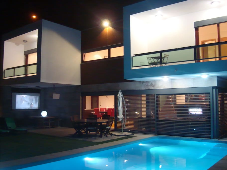 Outdoor cinema by the pool