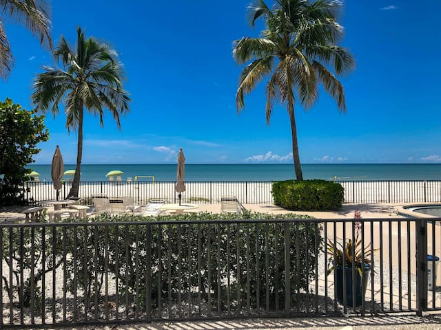 Ocean Views on Bonita Beach
