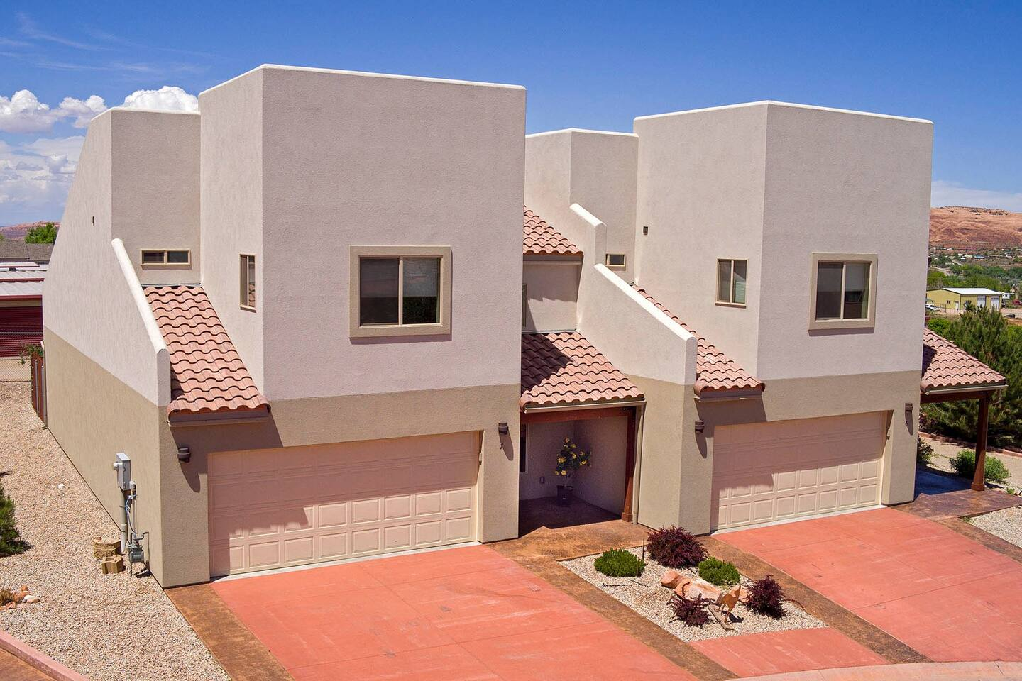 7 Desert Wind Drive | Unit is on the left