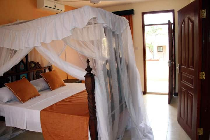 🏝Cozy Single Room - Nyali❤AC/Pool/Wifi❤
