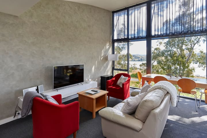 Tamar River Apartments - Vines Luxury 2 Bed - Rosevears