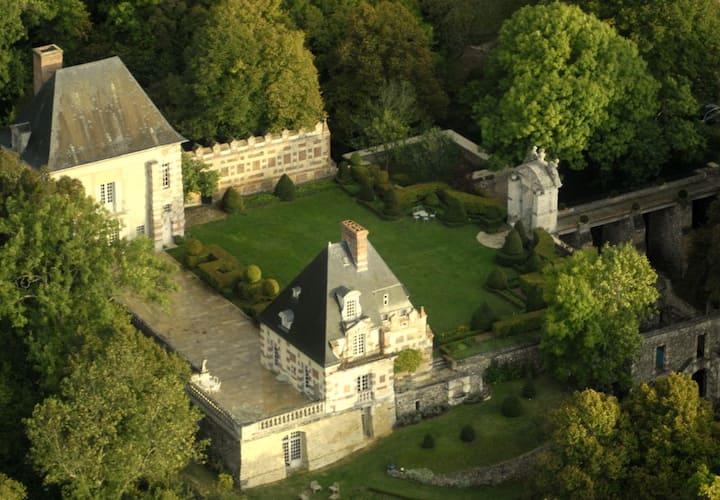 Château de Sorel  75 km Paris Ouest