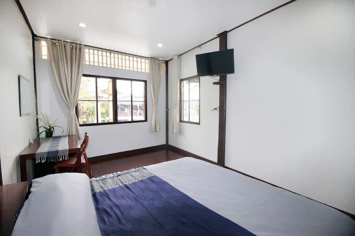 บ้านอบอรุณ (OB-ARUN House) (Room No.3)
