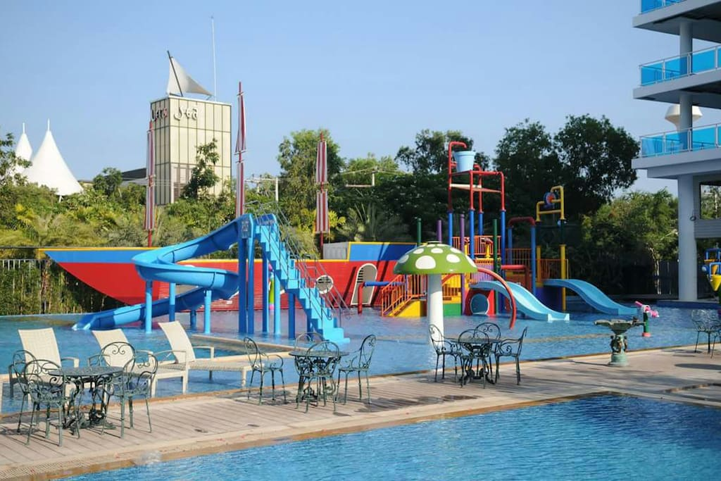 Lovely Water playground for you children